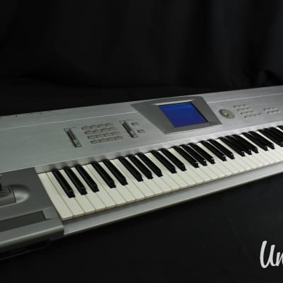 Korg Trinity V3 pro (w/ MOSS feature) in very good Condition [Version 3.1.0]