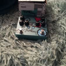 KEeley  Monterey Rotary Fuzz Vibe  Multi Effects Pedal