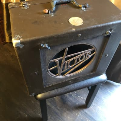 40's Vintage RCA Victor 1 x 12 Guitar Speaker Cabinet for sale