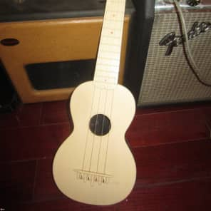 Vintage Circa 1965 Maccaferri Playtune Soprano Ukulele for sale