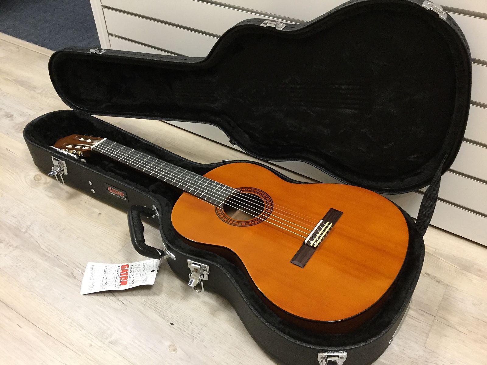 b09f2c54eee Yamaha CGS103 3/4 size classical guitar with gator hard case