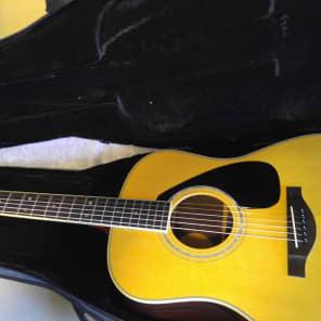 Yamaha LL16M Jumbo Acoustic Guitar Natural