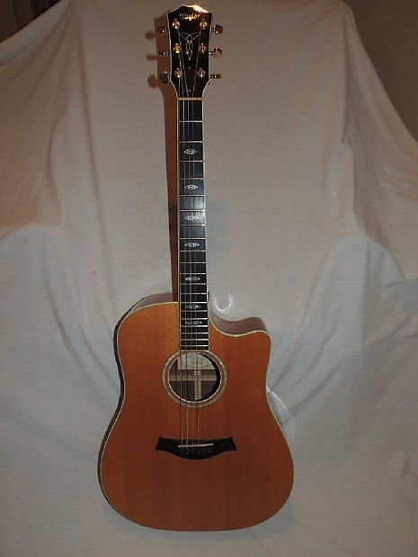 Taylor W10-CE 2001 Acoustic Electric Figured Walnut Back and Sides