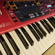 Nord Stage 2 EX HA 88 2015 Red