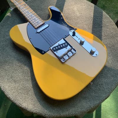 *Update* 2017 Schecter PT (Pete Townshend) Standard Butterscotch Blonde NOW with Soft Sided Case for sale