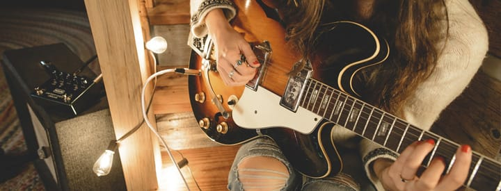 10 Gift Ideas for Your Guitar-Obsessed Friends
