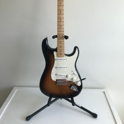 Fender American Special Stratocaster 2009 Vintage Sunburst with Gig Bag and Case Candy for sale