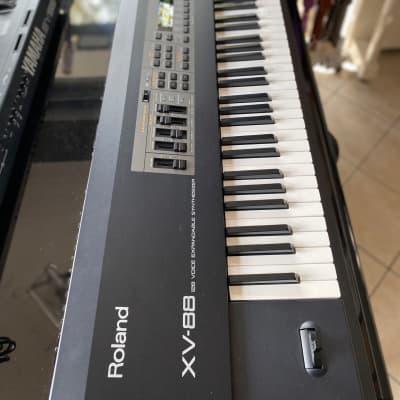 Roland XV-88 128-Voice 88-Key Expandable Digital Synthesizer