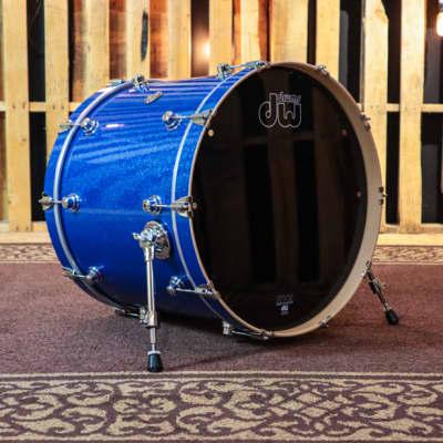 DW Performance Maple Blue Sparkle Kick Drum - 18x22