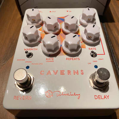 Keeley Caverns Delay Reverb V2. LIKE NEW!
