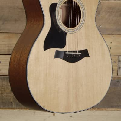 Taylor 2015 Mint 314ce Left Handed w/ Hardshell Case and Factory Warrenty
