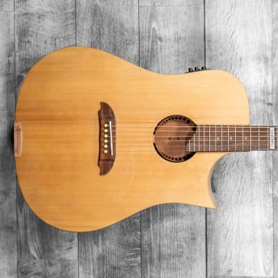Riversong Tradition Canadian Performer Dreadnought  Cutaway Electric Acoustic Guitar w/Poly Case for sale