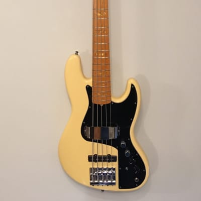 2011 Fender USA Marcus Miller Artist Series Signature Jazz Bass V for sale