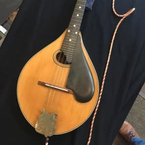 Lyon & Healy  Style C Mandolin 1920's Natural for sale