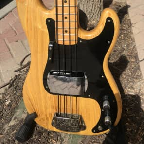 Ibanez 2657-ZB Double Cutaway 4-String Bass Burned Ash with Maple Fretboard Burned Zebra