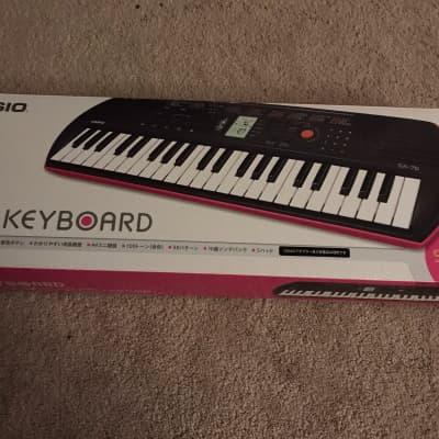 Casio SA-76 44-Key Mini Portable Keyboard