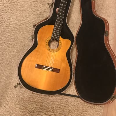 ALVAREZ YAIRI CY127CE Classical Acoustic Electric Guitar made in Japan 1989 with original hard case for sale