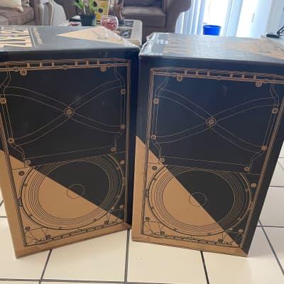 """Electro-Voice ZLX12P Active 2-Way 12"""" 1000w Speakers (Pair) Black"""