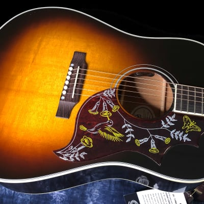 NEW! 2021 Gibson Hummingbird Standard Vintage Sunburst Finish - Authorized Dealer - Warranty - RARE!