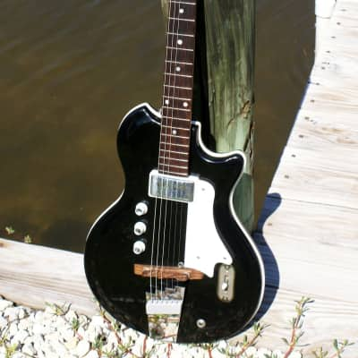 Very Rare 1966 Supro/Valco Reso-glass Cutaway Tonemaster Guitar made for English Electronics for sale