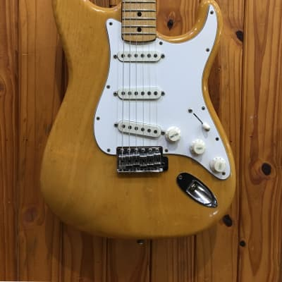 FENDER  STRATOCASTER NATURAL 1975 W/ OHSC for sale