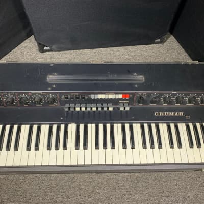 "70's Vintage Crumar T1 Draw Bar ""Organizer"" electric organ, has issues"