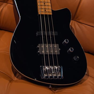 Reverend Raymond Black 4-String Electric Bass Guitar for sale