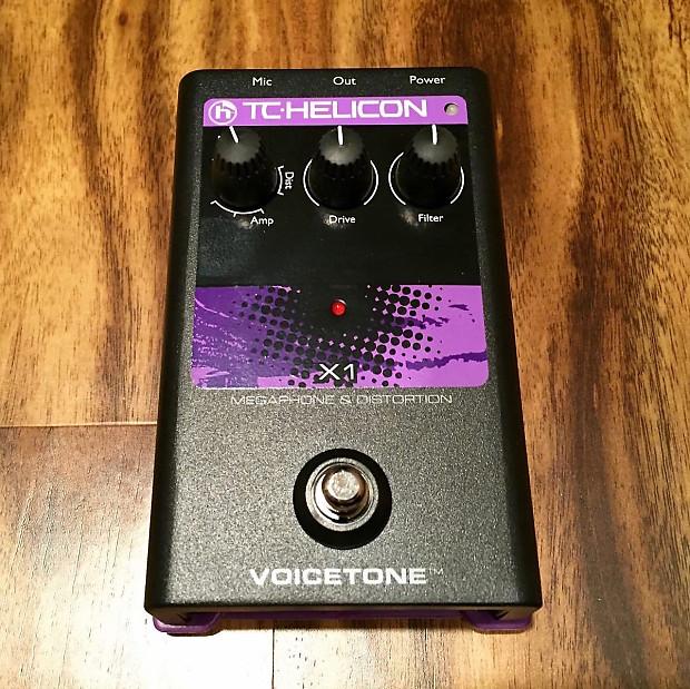 tc helicon voicetone x1 vocal distortion pedal reverb. Black Bedroom Furniture Sets. Home Design Ideas