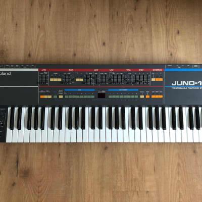 Roland Juno 106 (FULLY Serviced / Warranty / Original Flightcase)