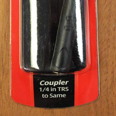 Hosa Technologies GPP-105 Coupler 1/4 in TRS to Same