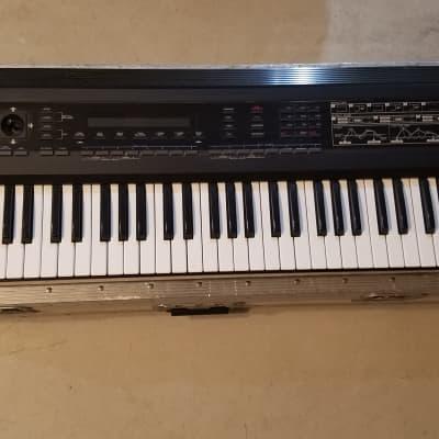 Roland D-50 61-Key Linear Synthesizer