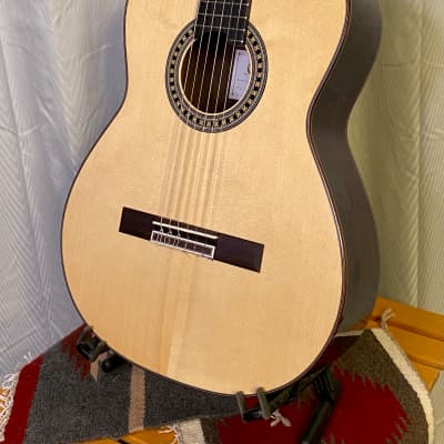 Hermanos Camps GL-18 Classical Guitar Spruce & Indian w/case *made in Spain