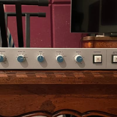 Solid State Logic XLogic G-Series Bus Compressor