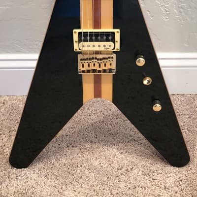 Hoyer Arrow Prestige Neck Through Flying V style electric guitar Black *Ships from USA* for sale