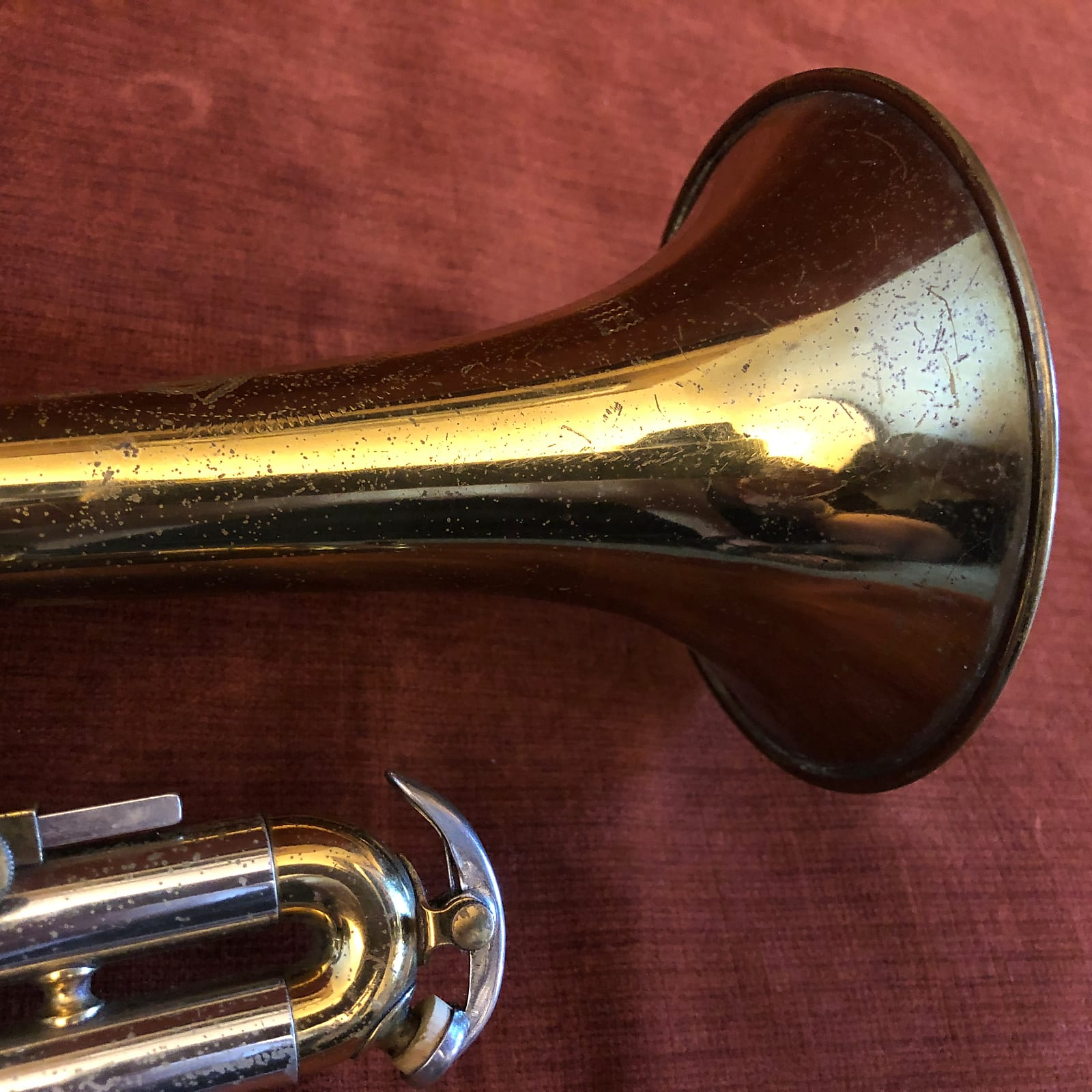 Buescher Elkhart 560 Vintage Cornet w/ Gig Bag
