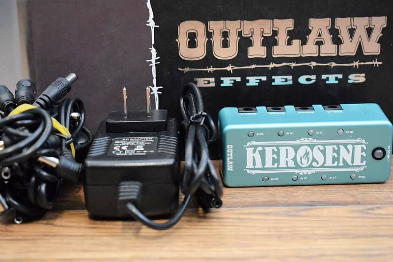 outlaw effects kerosene mini pedalboard power supply reverb. Black Bedroom Furniture Sets. Home Design Ideas