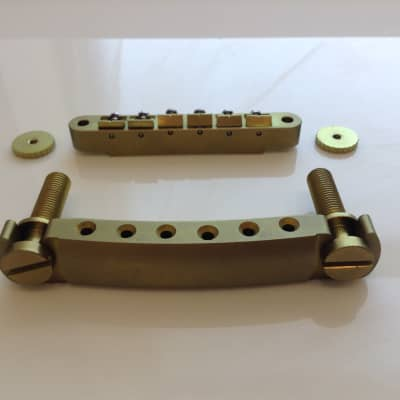 TiSonix Titanium Vintage Strat Tremolo Assembly - Distressed