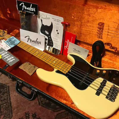 Fender Marcus Miller Artist Series Signature Jazz Bass V 2011 Vintage White for sale