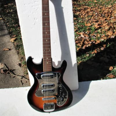 Hy-Lo Guitar,  1960's,  Japan,  3 PU's,  Sunburst, Plays And Sounds Good for sale