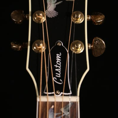 Pre-Owned Gibson Custom Shop Hummingbird Custom Walnut Limited Edition 1 out of 30 2014 for sale