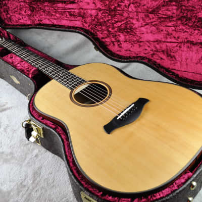 Taylor 517e Grand Pacific Builder's Edition V-Class - Natural ~ Unplayed!
