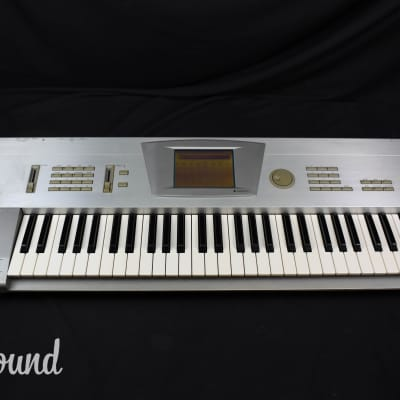 Korg Trinity V3 Music Workstation (w/ MOSS feature) in Very Good Condition