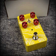 VFE Pedals Red Wolf distortion - yellow