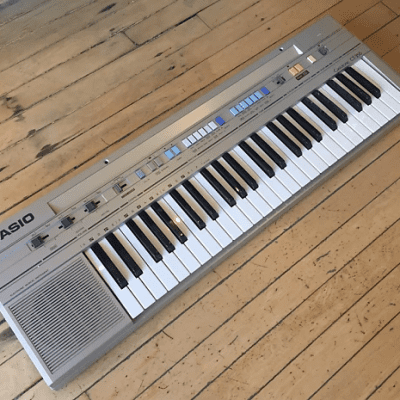 Casio CT-350 49-Key Synthesizer Late 1980s