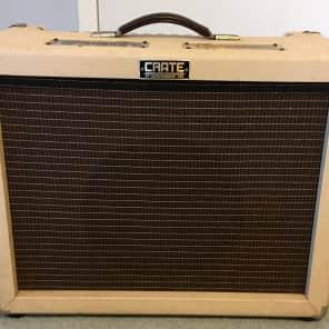 "Crate Vintage Club 30 Model VC3112 30-Watt 1x12"" Tube Guitar Combo"