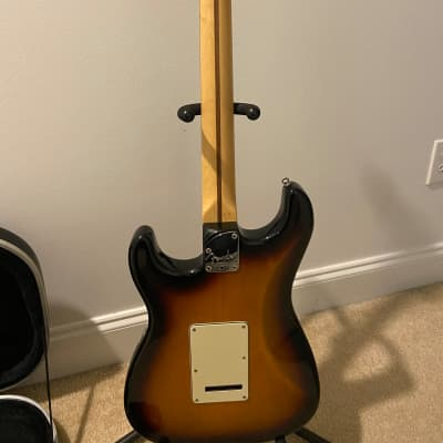 Fender American Deluxe Fender Stratocaster 60th anniversary Edition 2004 Sunburst for sale