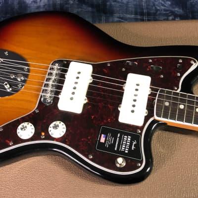 NEW! Fender American Original 60's Jazzmaster Sunburst Finish - Authorized Dealer - In-Stock 8.3 lbs