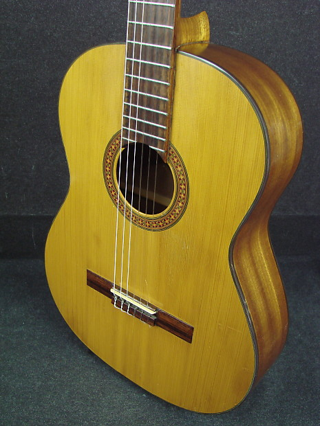 vintage aria made in japan a551 classical acoustic guitar reverb. Black Bedroom Furniture Sets. Home Design Ideas