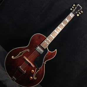 Eastman AR371CE Hollowbody Archtop Brown