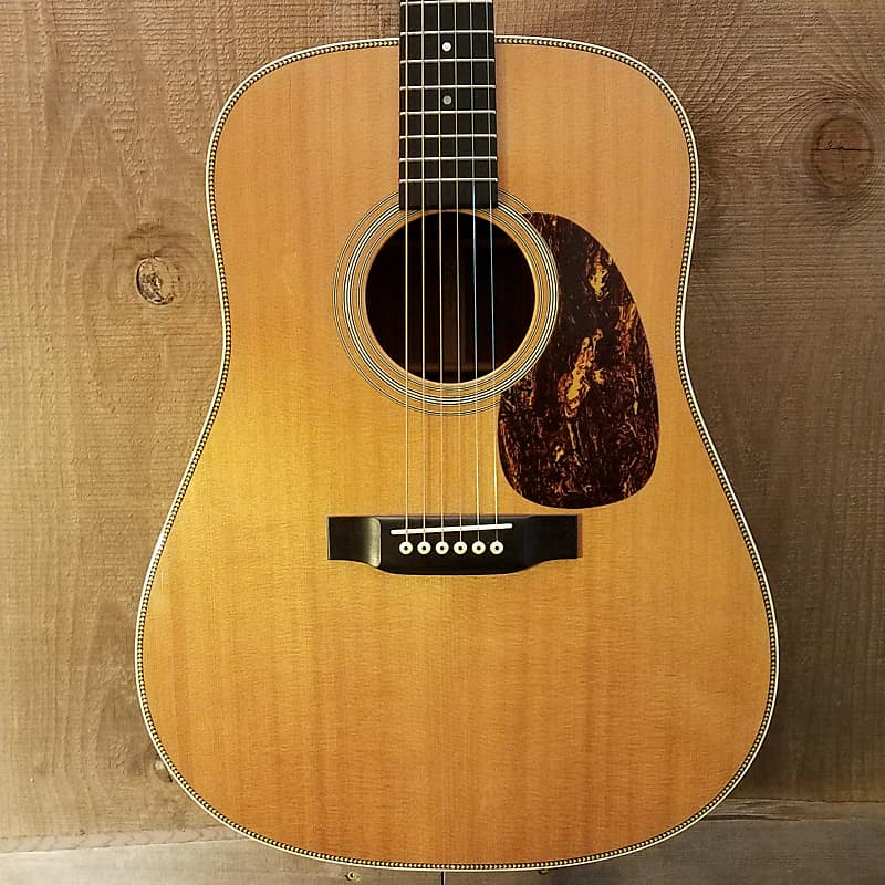 martin hd 28 acoustic guitar w pickup and hard case c 2001 reverb. Black Bedroom Furniture Sets. Home Design Ideas